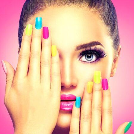 Цветна козметика